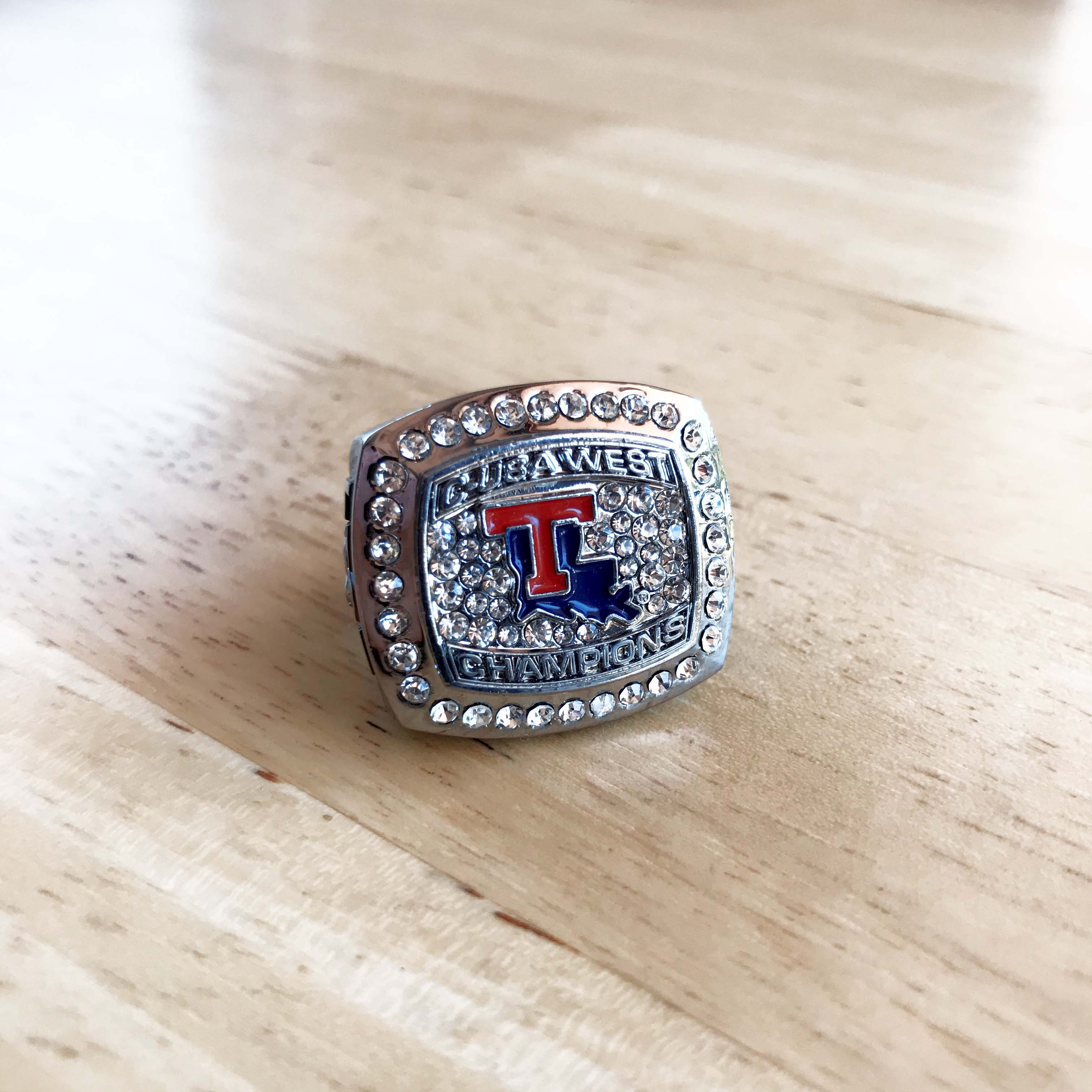 T Texas school ring.